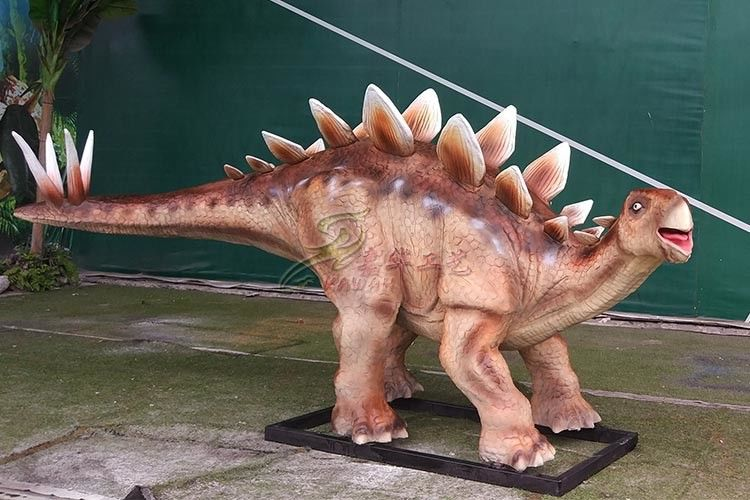Soft Silicone Rubber Life Size Dinosaur Statue For Amusement Park Decoration